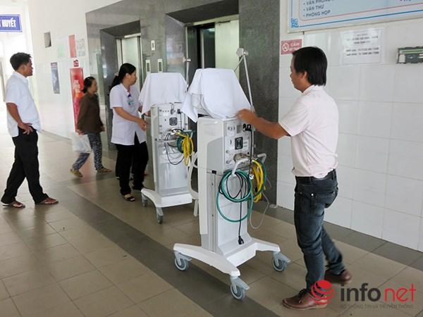 Thang máy bệnh viện 11
