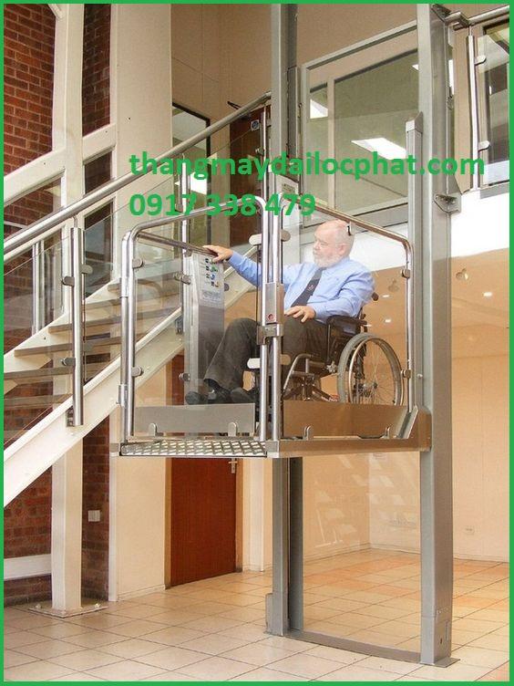 Thang máy cho người khuyết tật